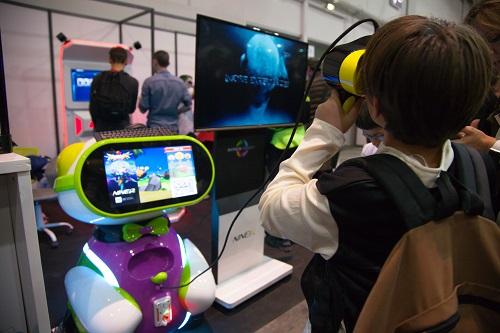 Franchise monde virtuel devenir master franchis en for Salon virtuel de la franchise